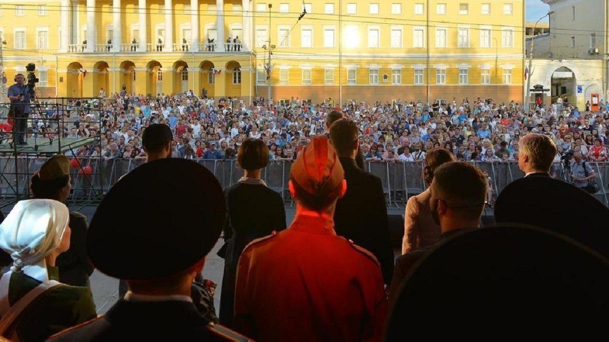 Концерт «Военные песни у Кремля» пройдёт 9 мая на площади Минина