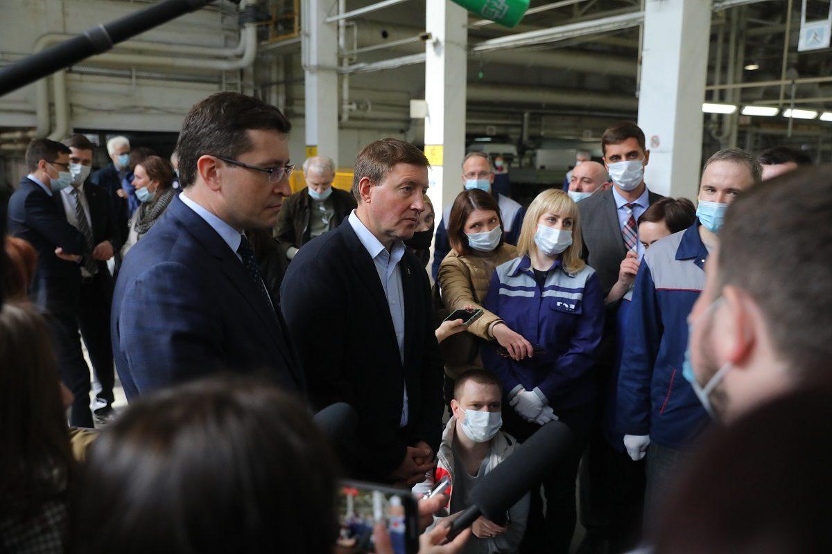 Андрей Турчак иГлеб Никитин поддержали инициативу опродолжении госпрограммы закупок школьных автобусов иавтомобилей скорой помощи
