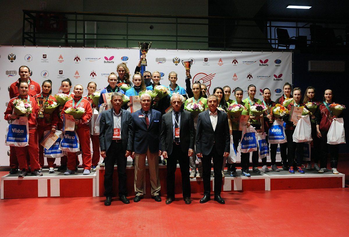 Женская сборная Нижегородской области завоевала бронзовые медали чемпионата России по настольному теннису