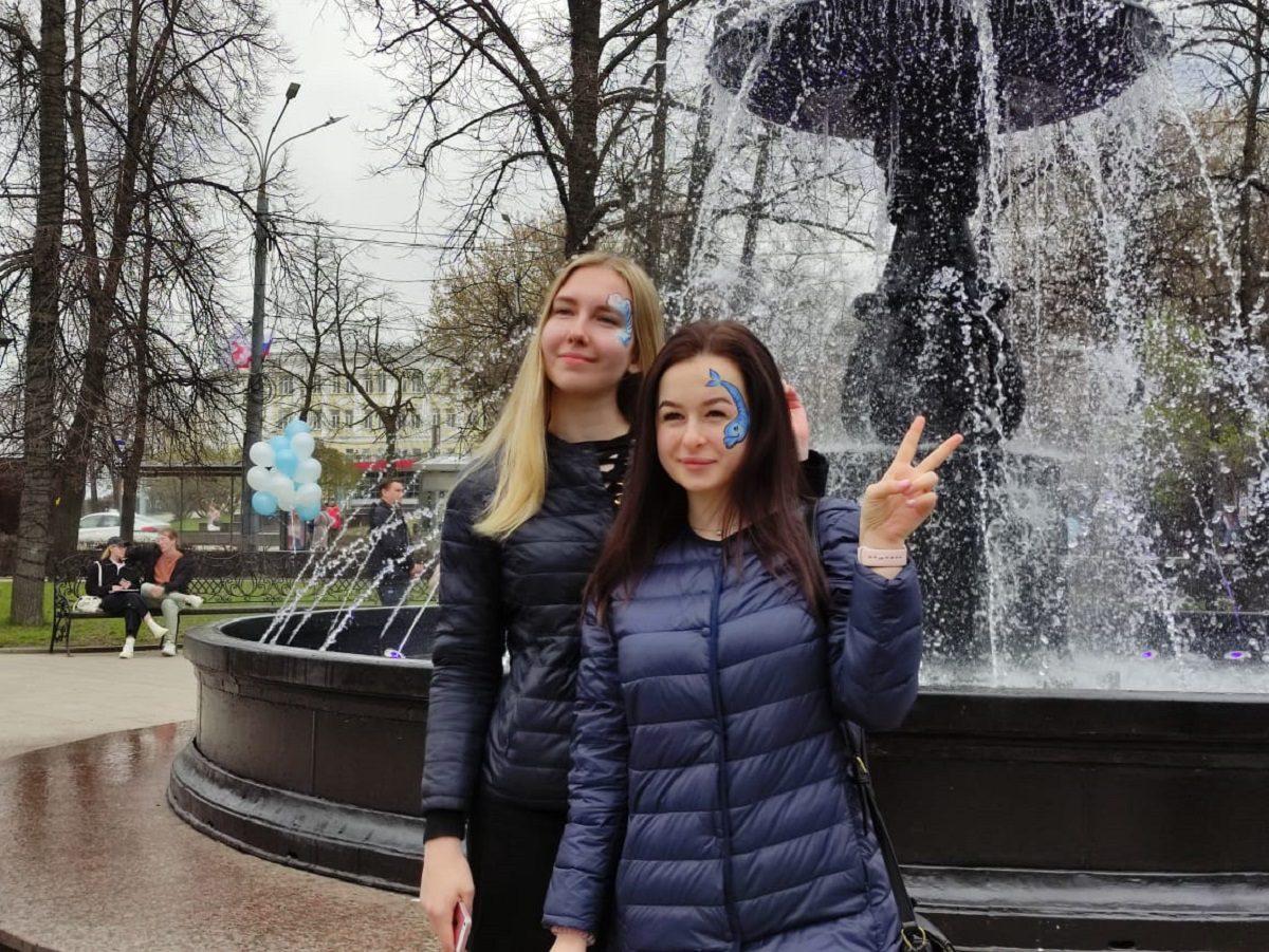 Нижегородский водоканал открыл фонтан на площади Минина и Пожарского