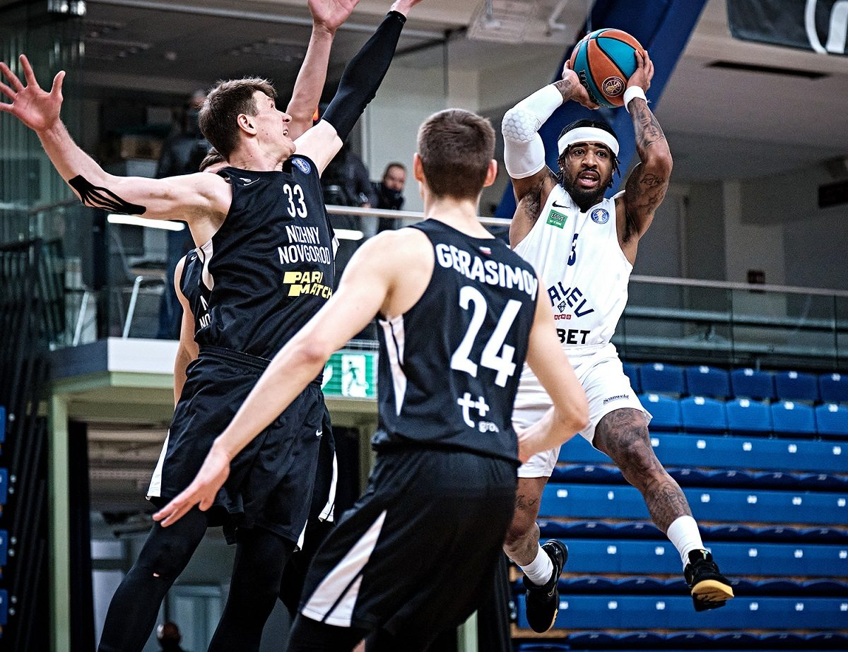 Баскетбольный клуб «Нижний Новгород» в ослабленном составе проиграл в Таллине