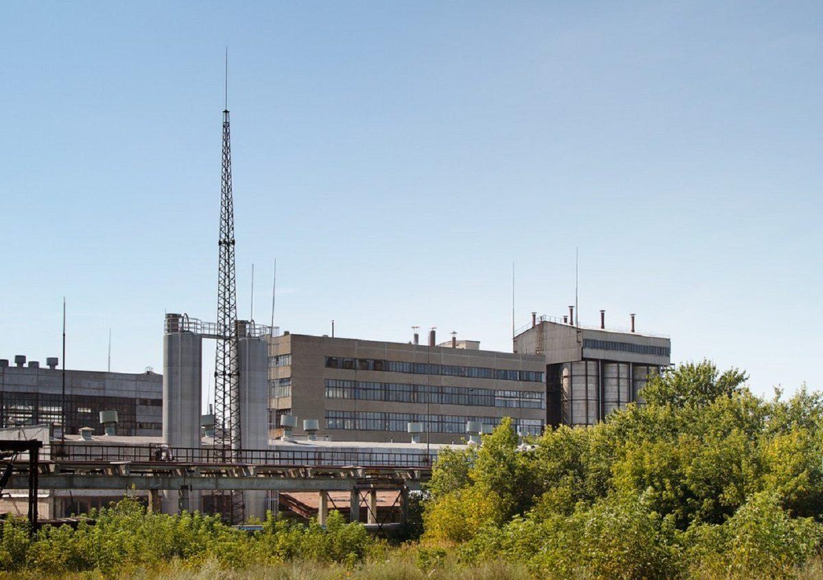 55-летняя аппаратчица химического предприятия в Дзержинске получила на работе тяжёлые ожоги лица