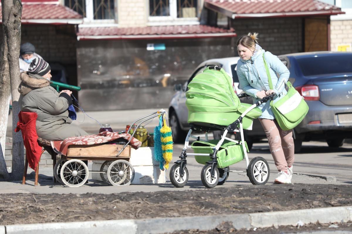 Более 12тысяч заявлений наперерасчет выплаты надетей от3 до7 лет поступило вНижегородской области занеделю