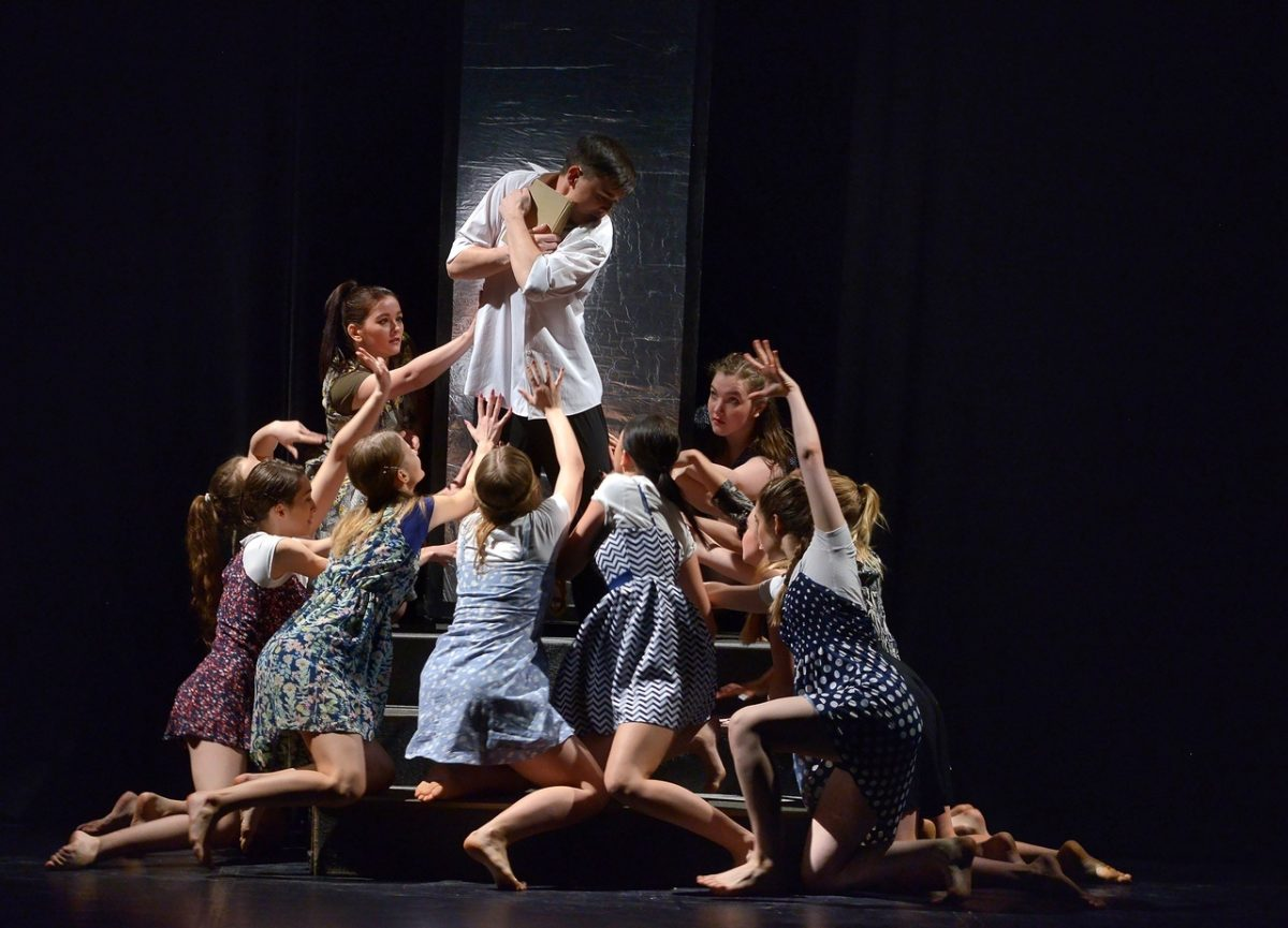 Студенческие и молодежные театры России соберутся в Нижнем Новгороде на фестиваль «Весёлая коза. Поколение Ы»