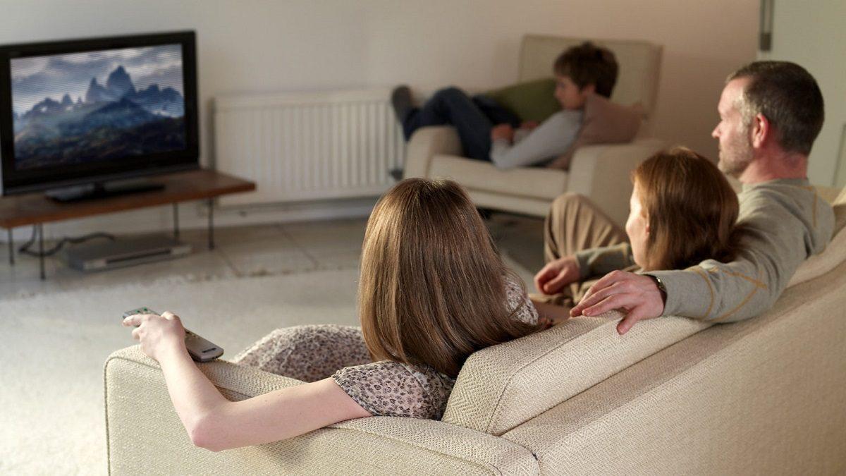 Психолог объяснил, почему нижегородцы предпочитают фильмам сериалы