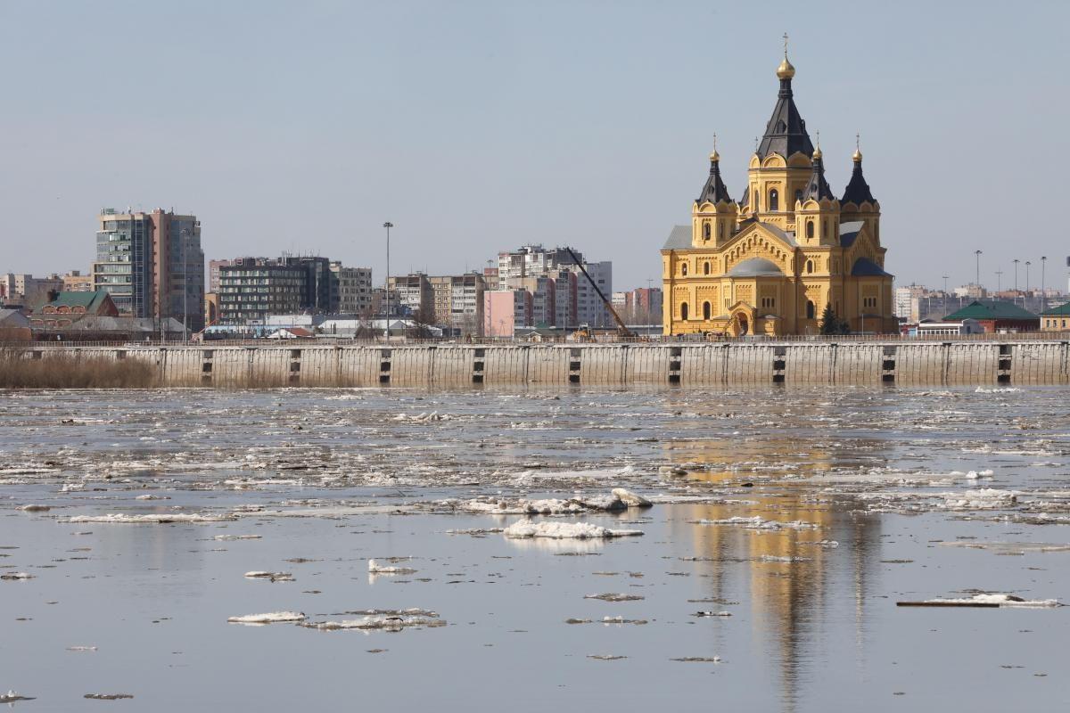 Стрелка или Александра Невского: хотят ли нижегородцы вернуть улице историческое название