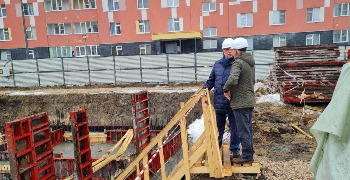 Малым не покажется: почему подрядчики затягивают сроки сдачи детсадов в Нижнем Новгороде