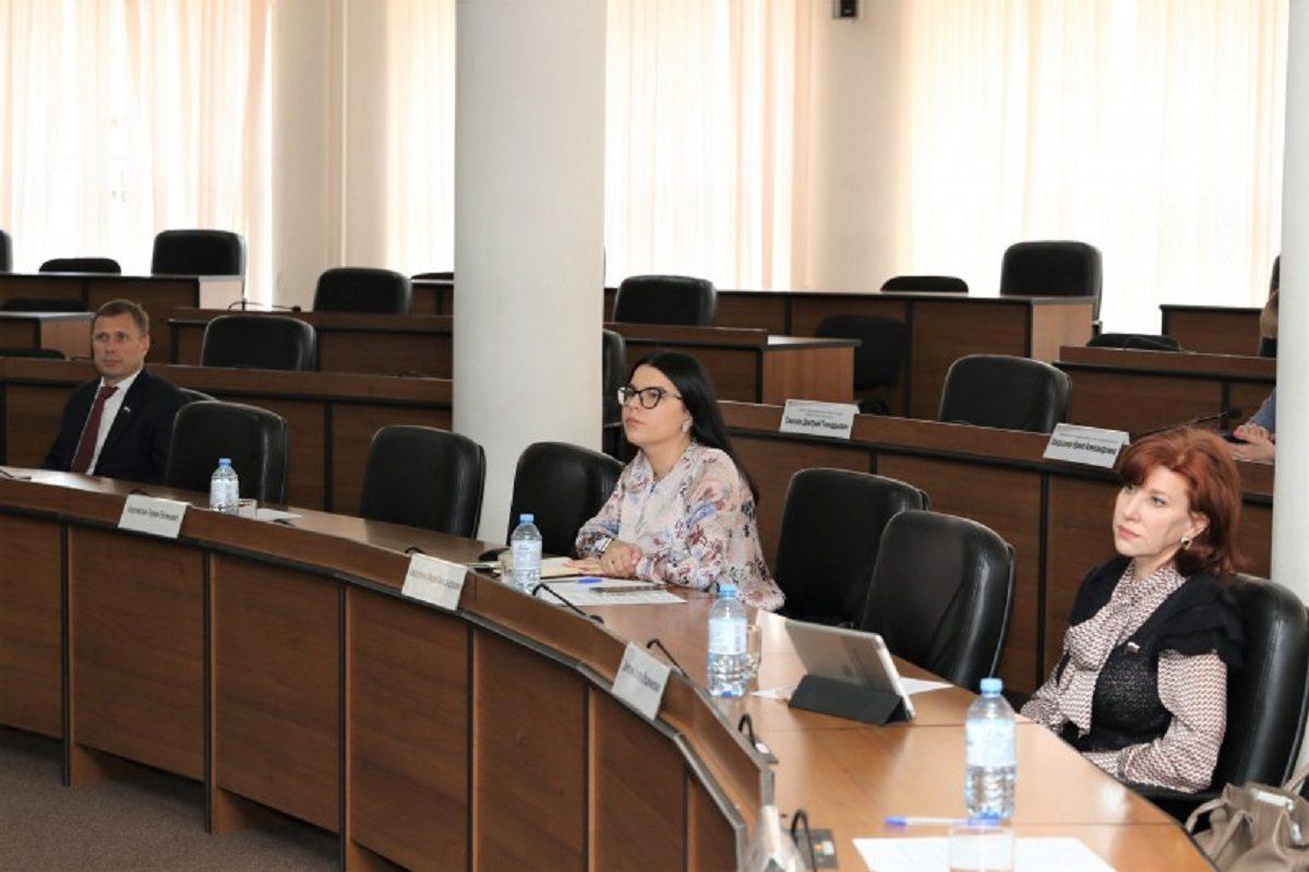 Комиссия гордумы Нижнего Новгорода по местному самоуправлению ознакомилась с деятельностью Центра поддержки городских соцпроектов