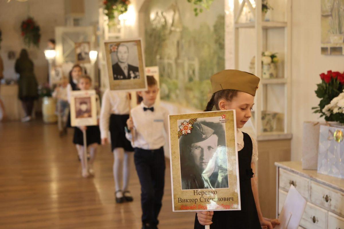 Участницы конкурса «Миссис Россия – Дзержинск» организовали вечер ко Дню Победы