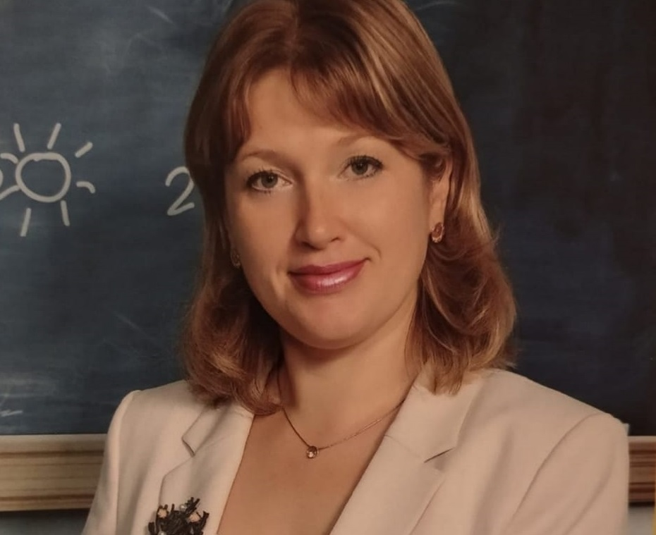 Учитель начальных классов школы № 154 стала лучшим классным руководителем года