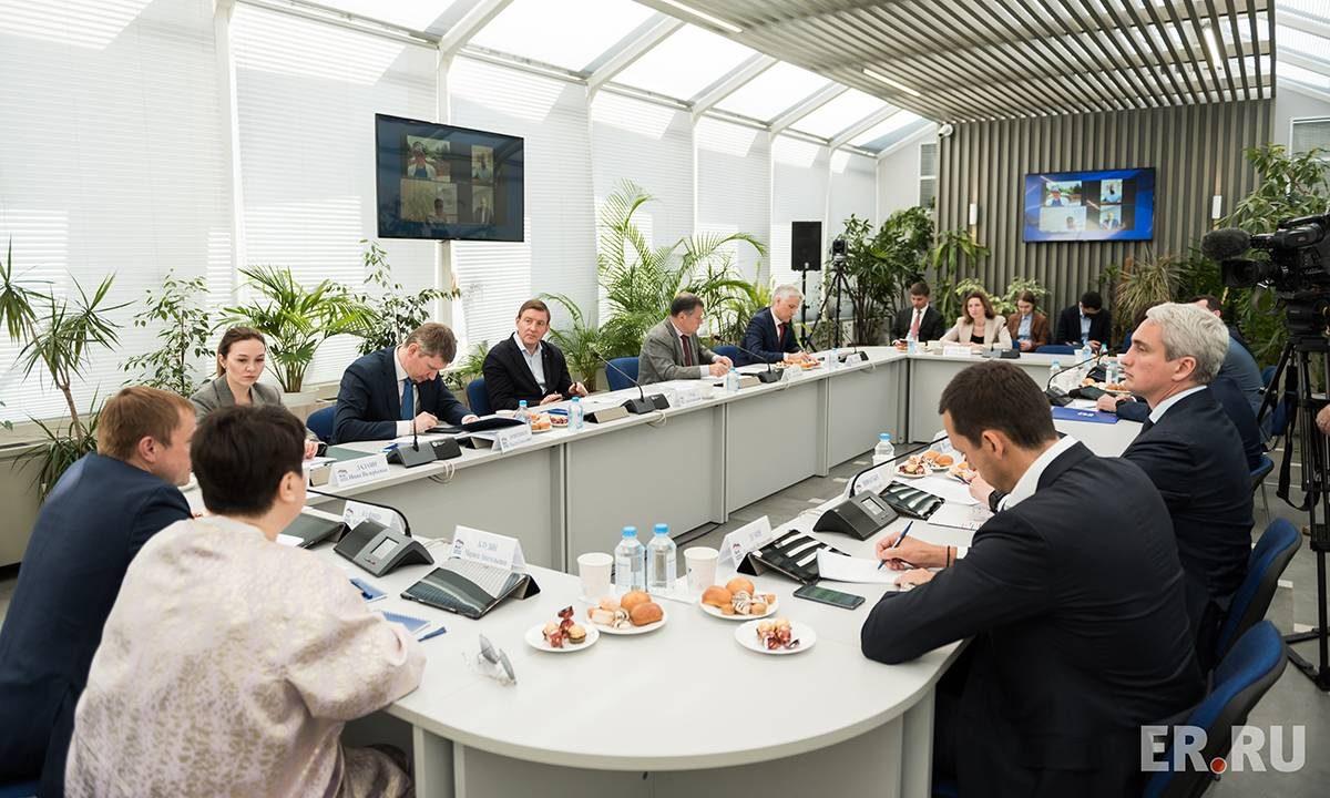 Поддержка самозанятых, снятие барьеров, единый профиль предпринимателя: «Единая Россия» предложила новые меры поддержки бизнеса
