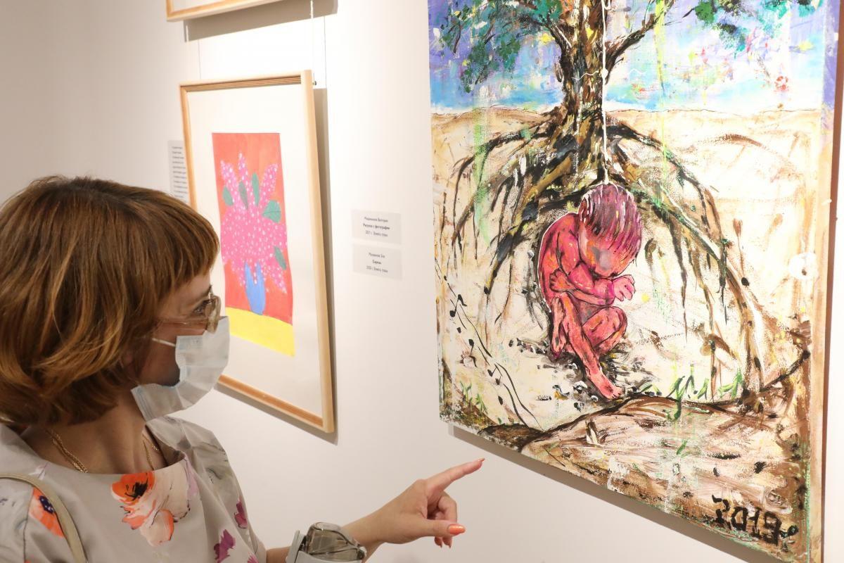 ВДоме Сироткина открылась выставка «Границы неПонимания»