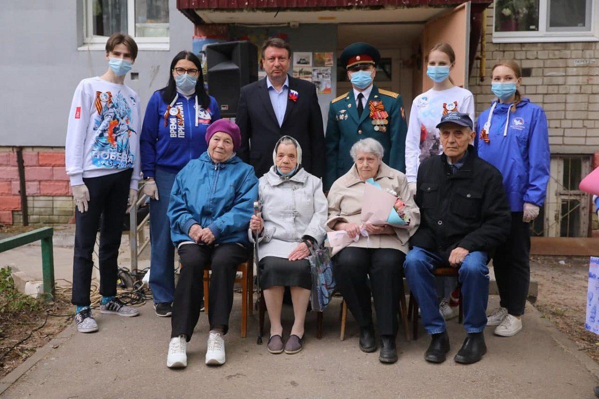 Персональные Парады Победы организовали для нижегородских ветеранов