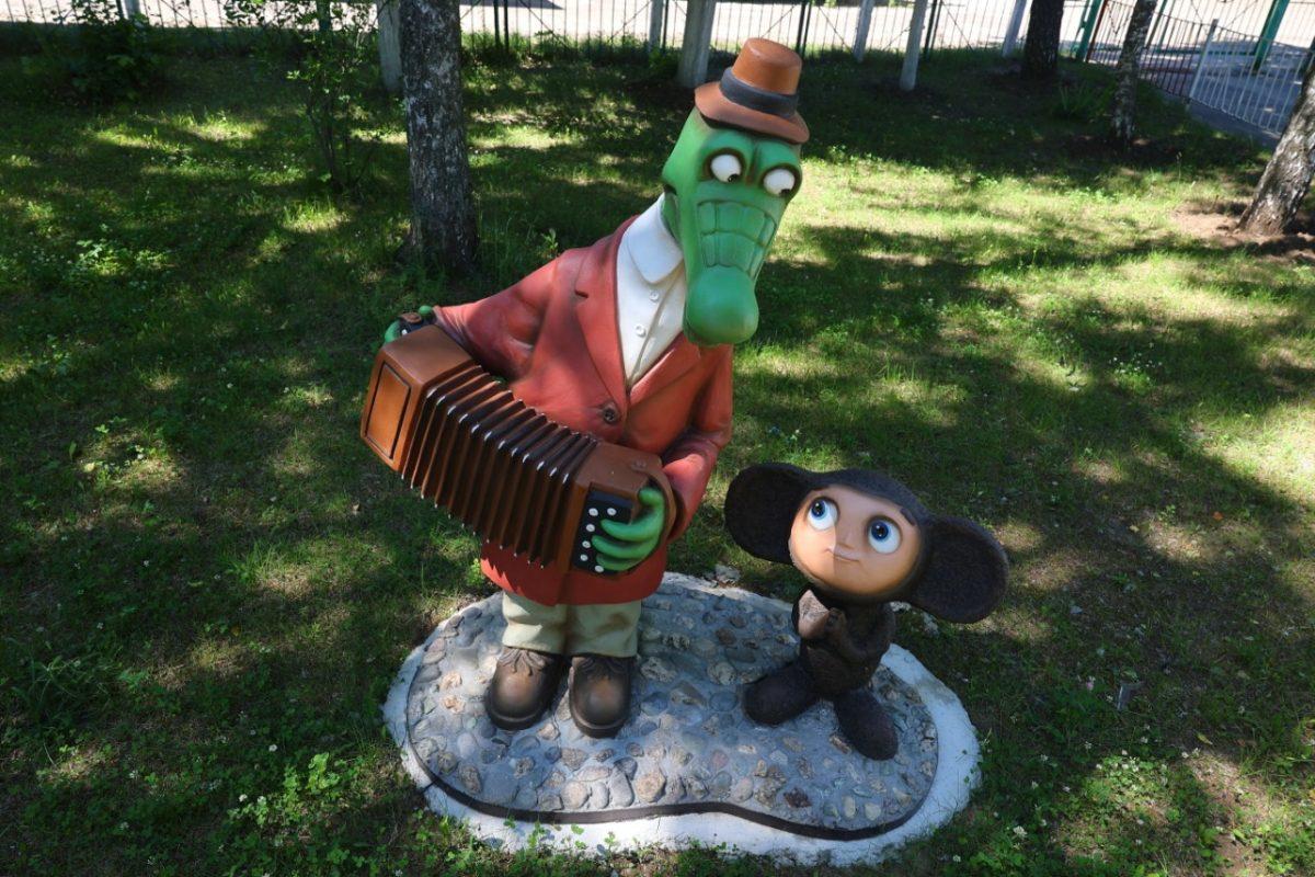 Новые фигуры сказочных героев появились в детских садах Дзержинска