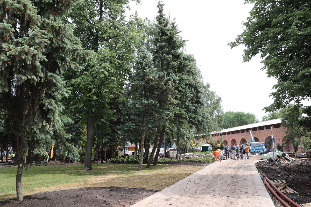 Кремль Еловый сквер