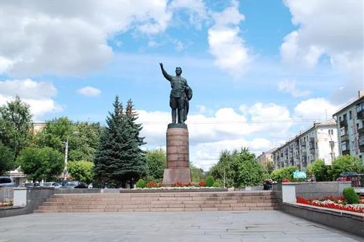 112 тысяч человек проголосовали за то, чтобы Киров получил звание «Город трудовой доблести»