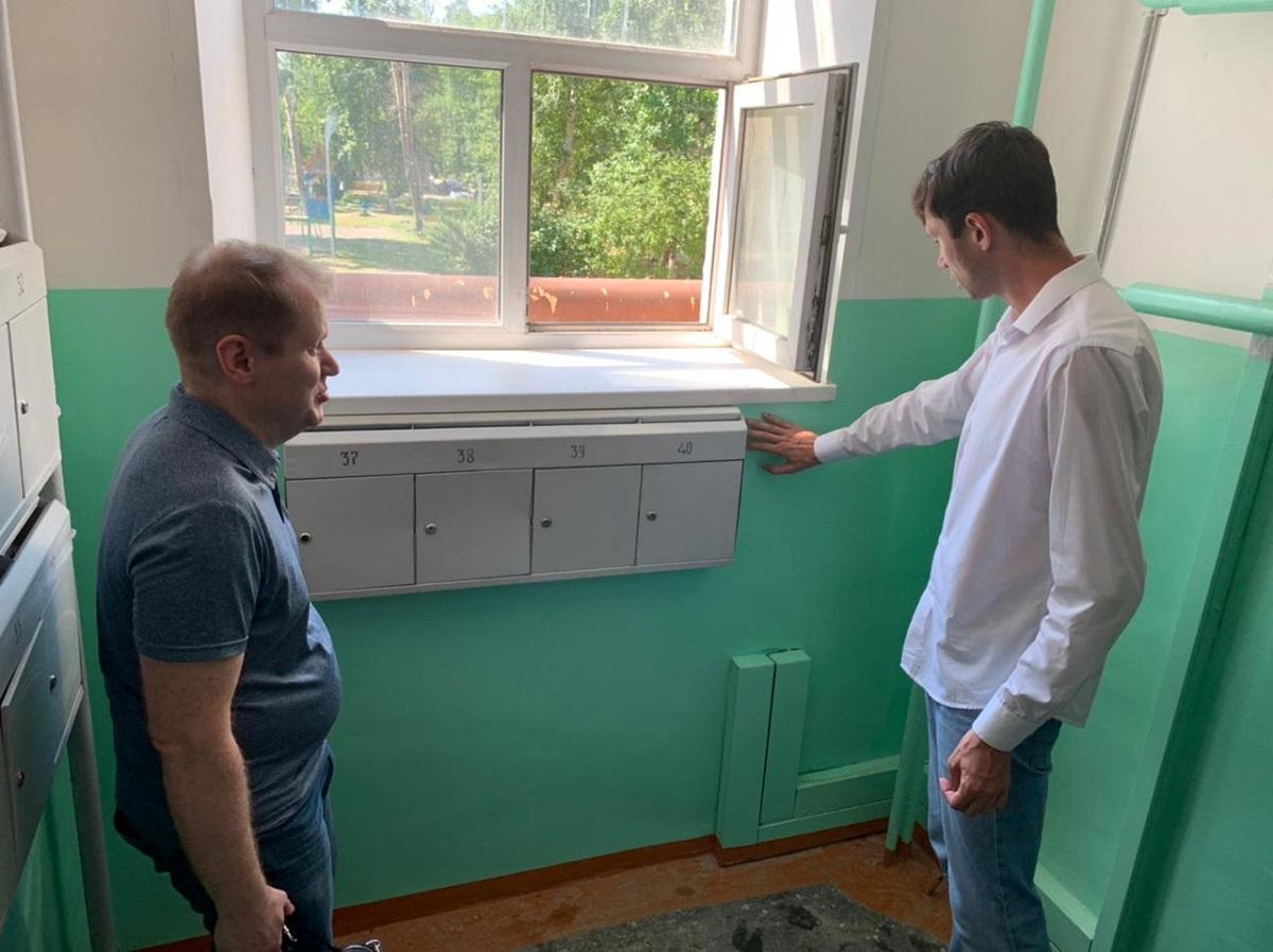 Косметический ремонт подъезда провела домоуправляющая компания вНижнем Новгороде после обращения жителей вГЖИ