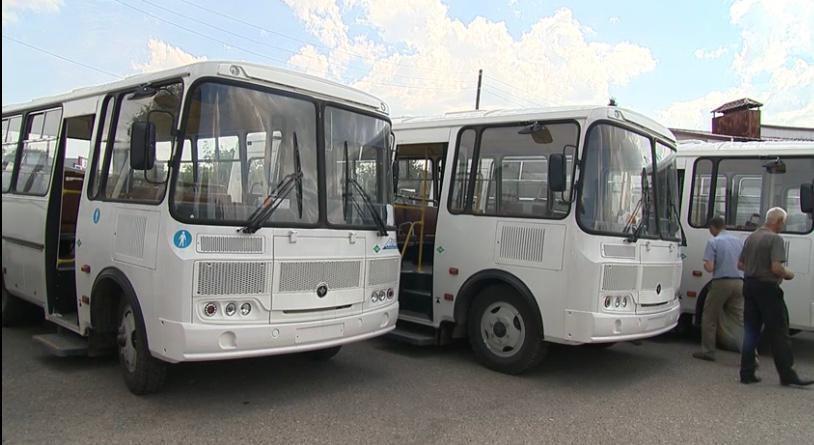 Шесть новых автобусов пополнили муниципальный автопарк вПочинках вНижегородской области