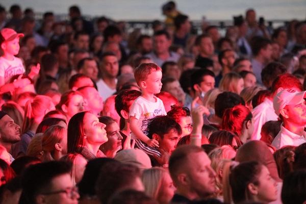 Места на гала-шоу 800-летия Нижнего Новгорода на Нижневолжской набережной уже закончились