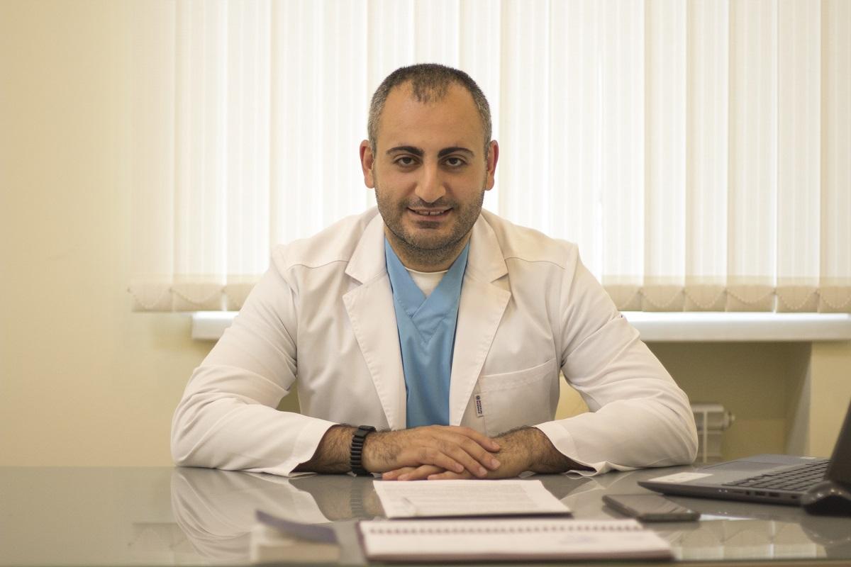 Главврач нижегородского СПИД-центра Соломон Апоян развеял мифы о ВИЧ