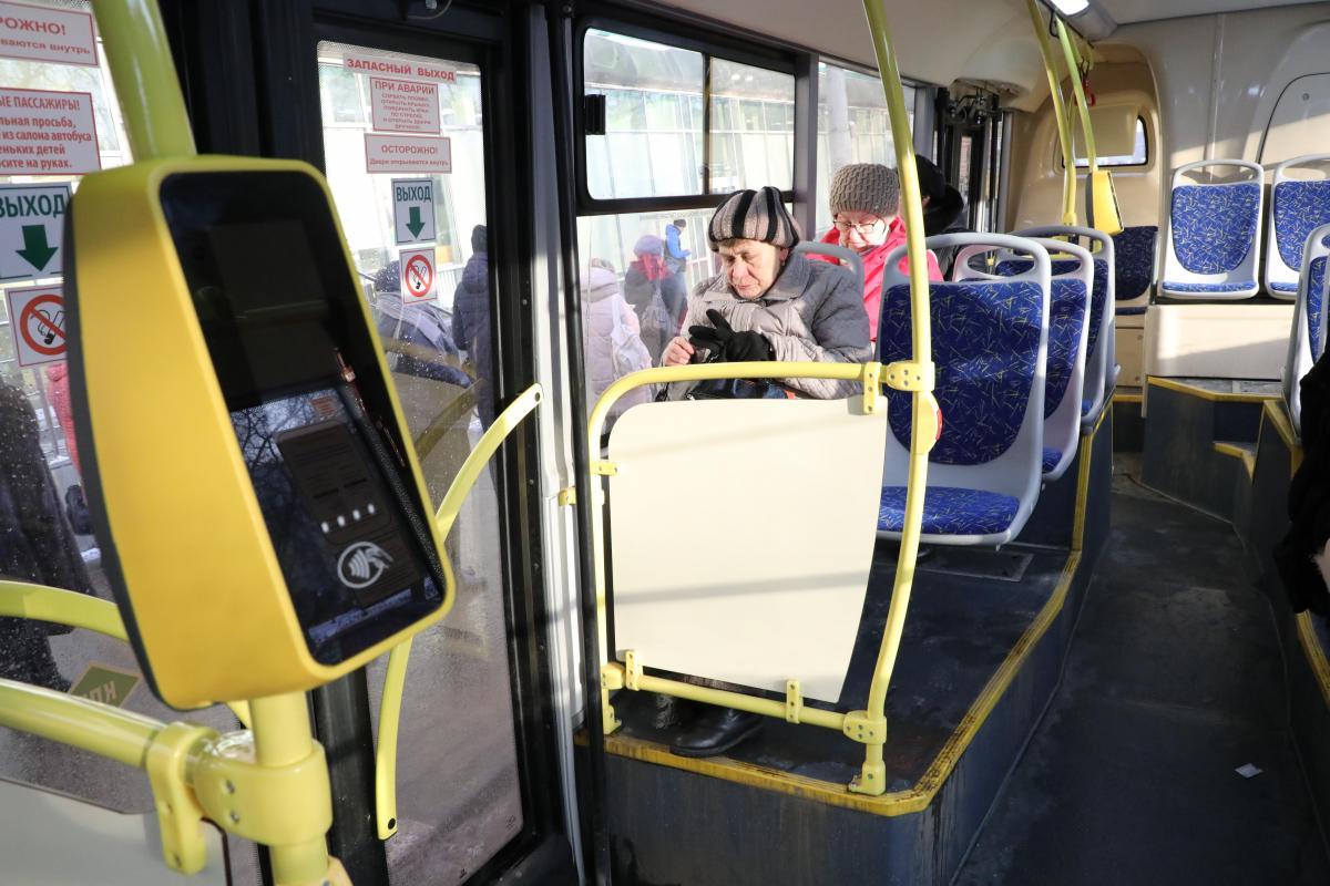 Стационарные валидаторы заработают в нижегородских автобусах до конца года