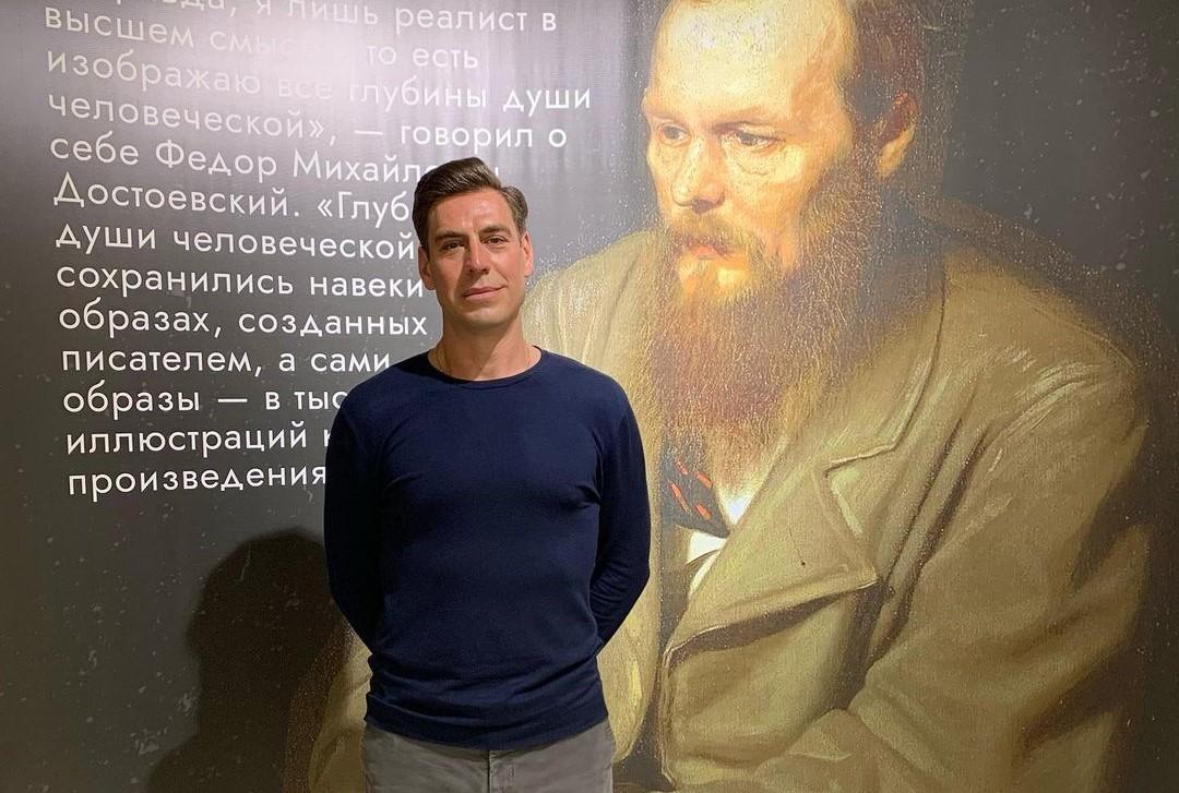 Правда или ложь: Дмитрия Дюжева уволили из МХТ?