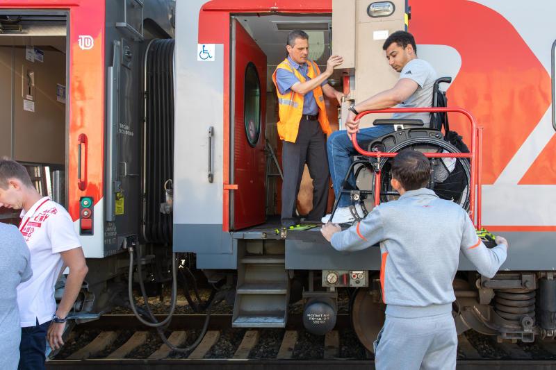 Более 6,3 тыс. маломобильным пассажирам оказали помощь на вокзалах Горьковской железной дороги в январе-мае