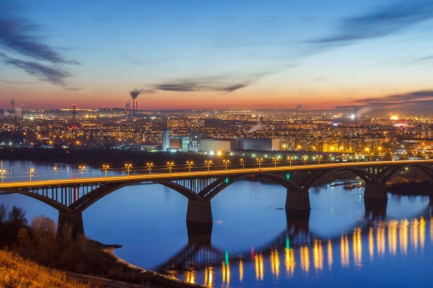 На художественную подсветку двух мостов Нижнего Новгорода и Рождественской улицы будет направлено 264,5 млн рублей
