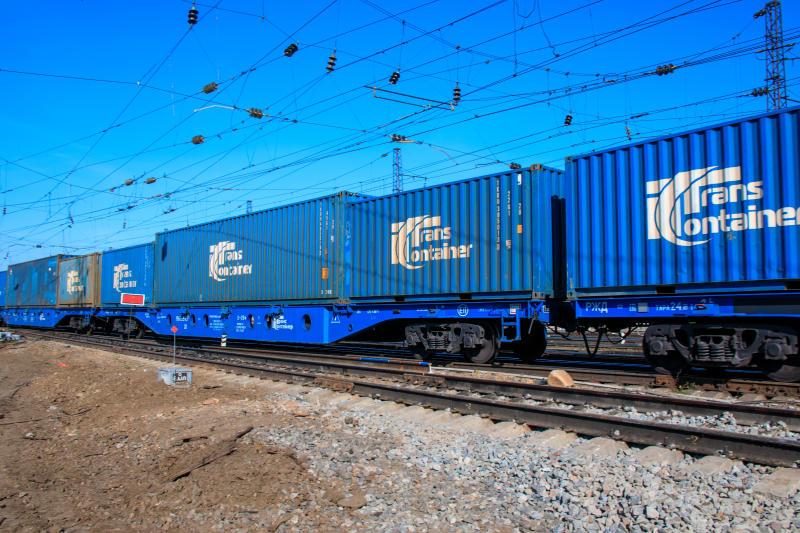 Перевозки контейнеров на ГЖД выросли на 2,5% в январе-мае