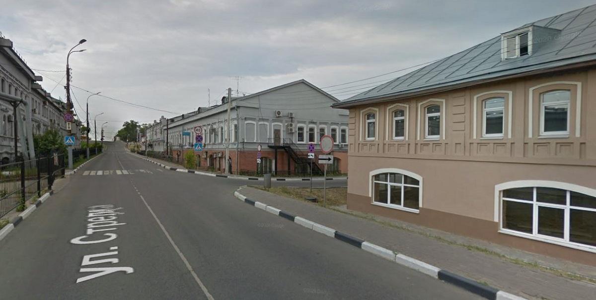 Движение транспорта временно приостановят на участке улицы Стрелка
