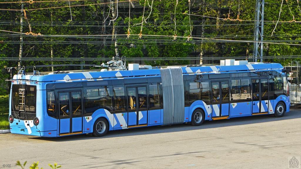 32 троллейбуса большого класса и 8 «гармошек» прибыли из Москвы в Нижний Новгород