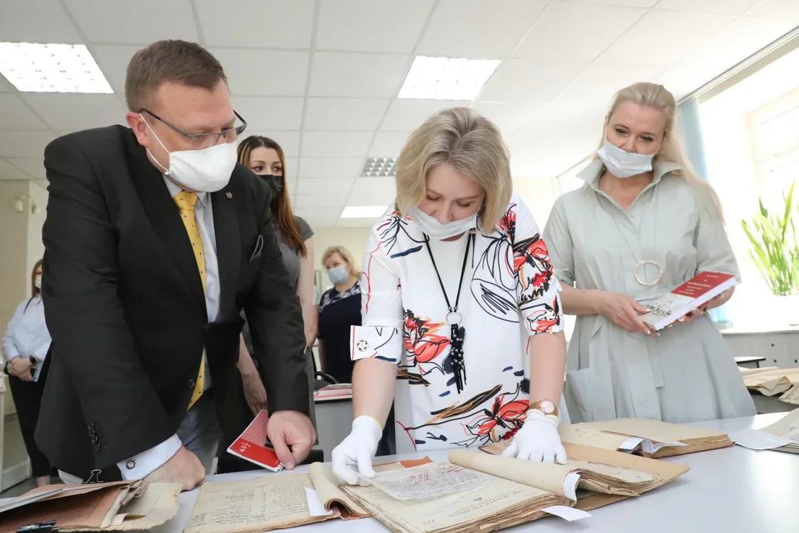 Посол Словакии вРоссии Любомир Регак посетил нижегородский общественно-политический архив