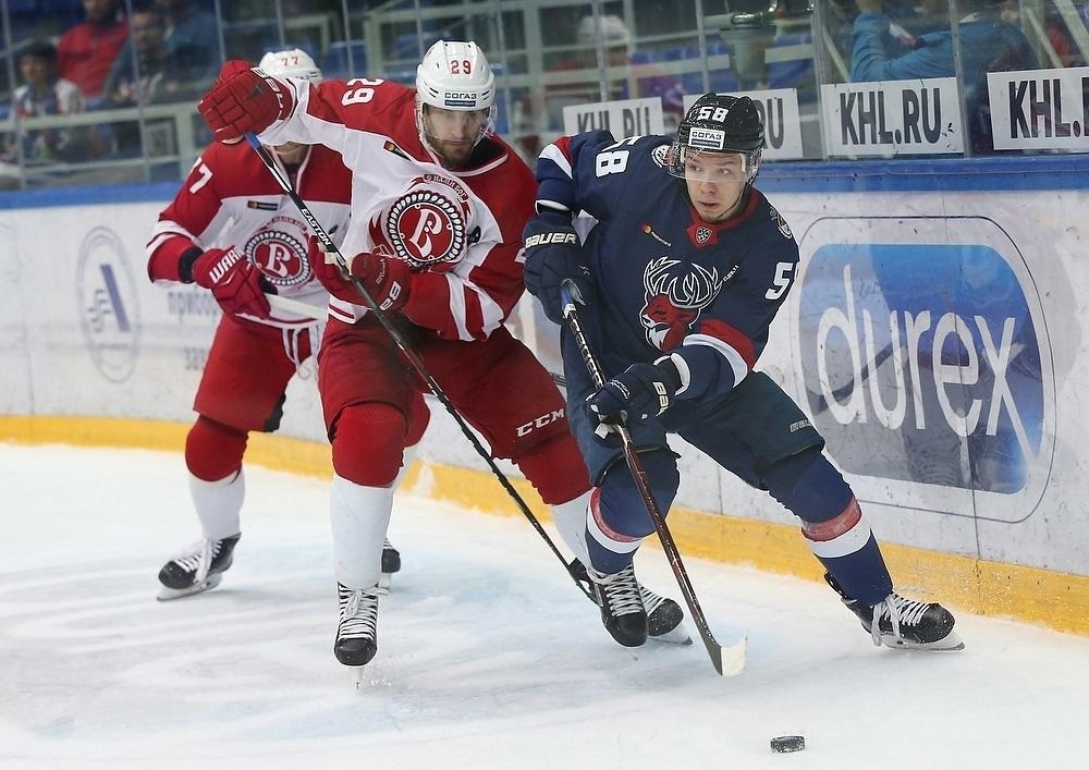 Странный «мир» и детский турнир: основные темы хоккейной недели