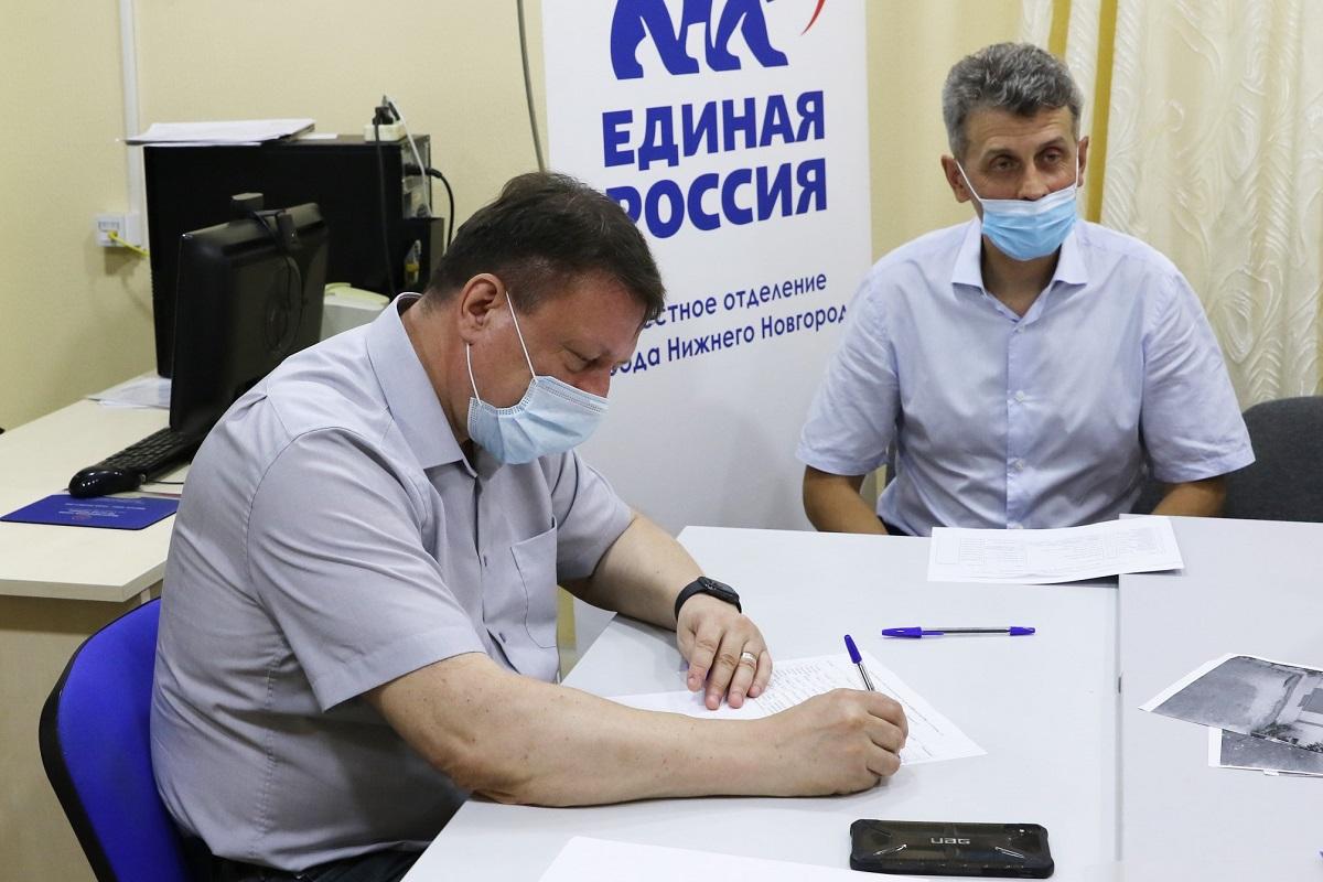 Олег Лавричев провел личный прием жителей Советского района