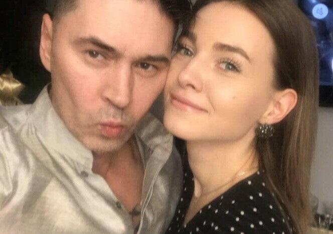 Владимир Политов женился на молодой фанатке