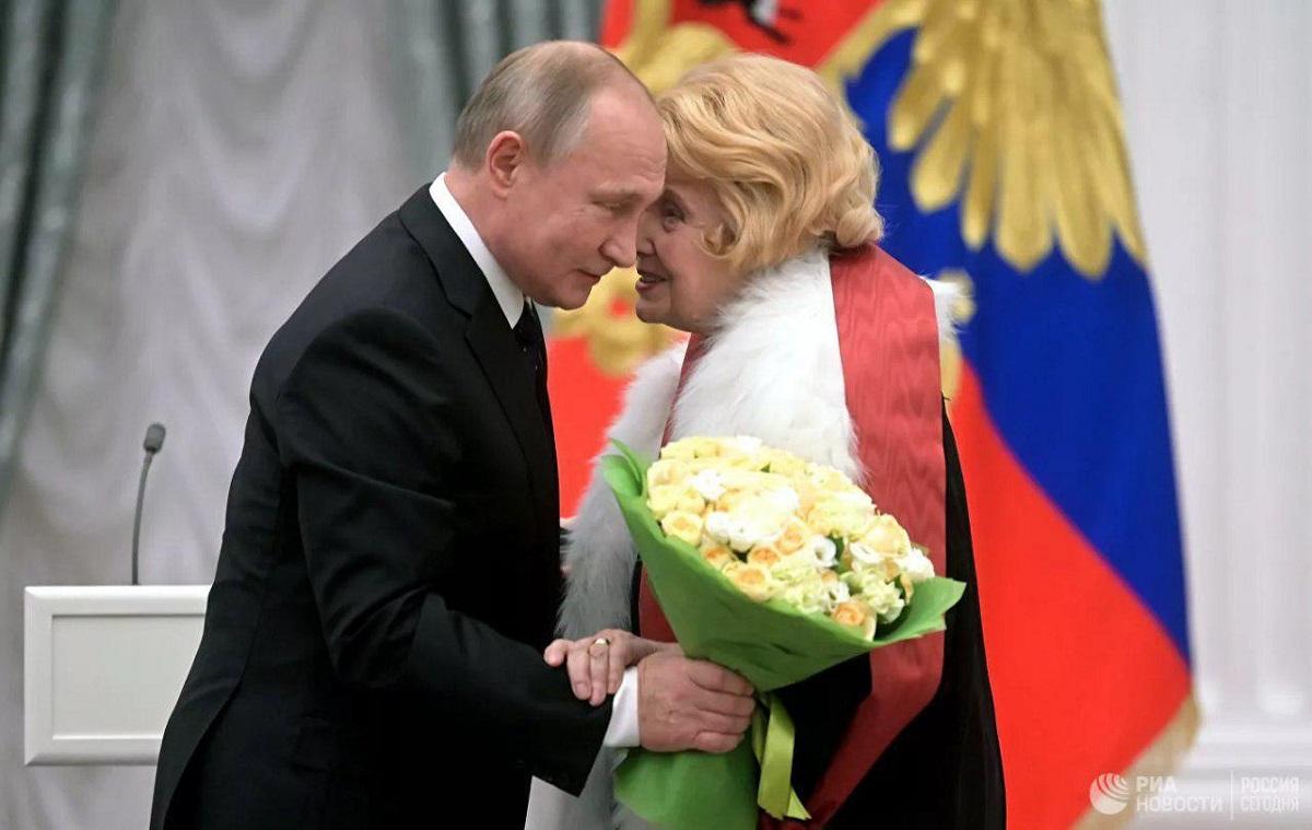 Театральный эффект: о чём Татьяна Доронина попросила Владимира Путина