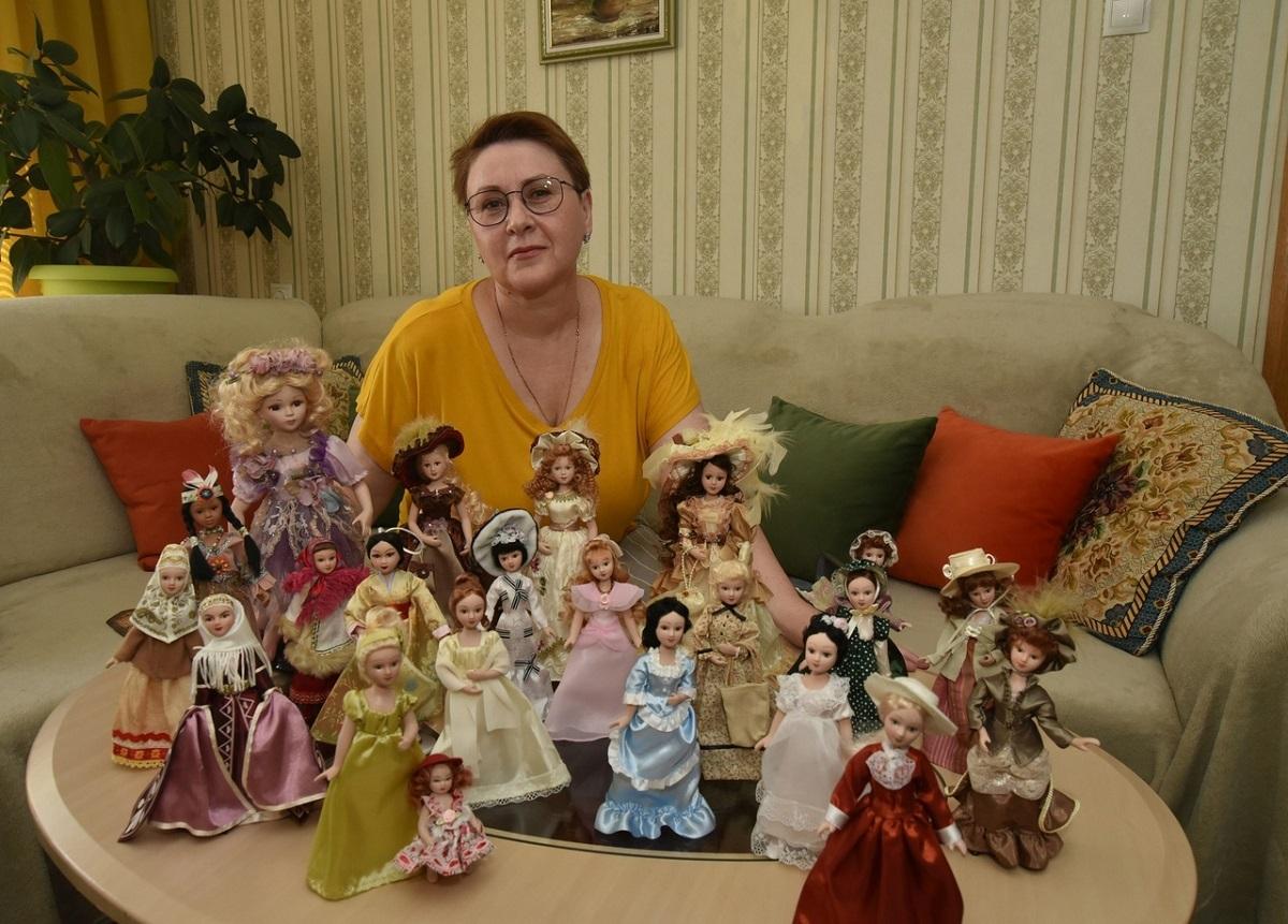 Джен Эйр, Наташа Ростова и Красная Шапочка: жительница Кулебак собирает необычную коллекцию
