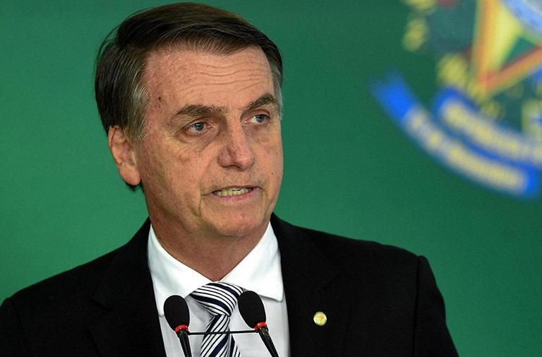 В Бразилии президента оштрафовали за сексизм