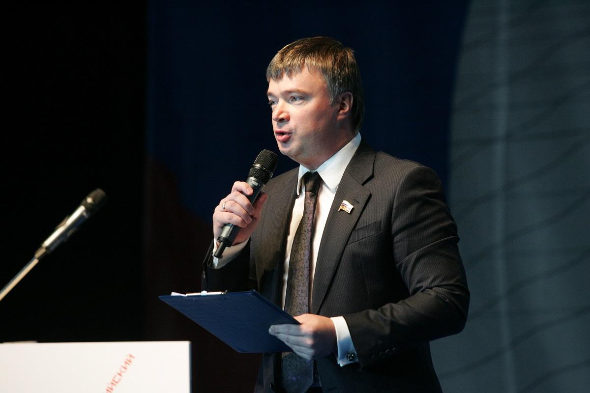 Артем Кавинов:  «Вместе с жителями активно обсуждаем народную программу по задачам федерального и регионального уровня»