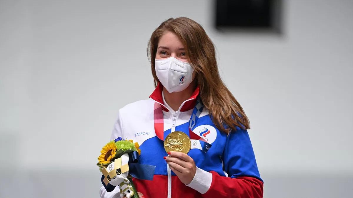 Стрелок Виталина Бацарашкина принесла России первое золото на Олимпиаде в Токио