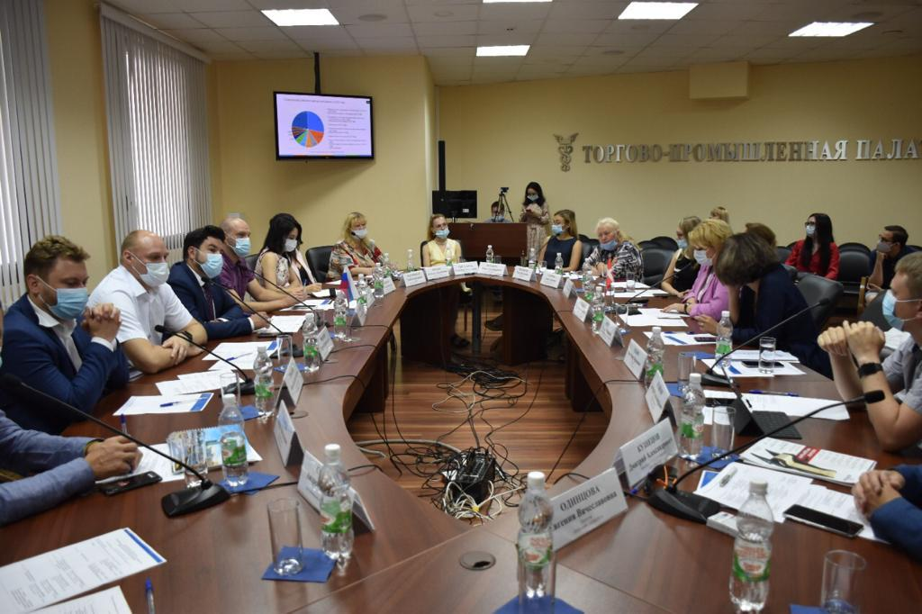 Более 20 нижегородских компаний приняли участие во встрече с торговым представителем РФ в Дании Ириной Негребецкой