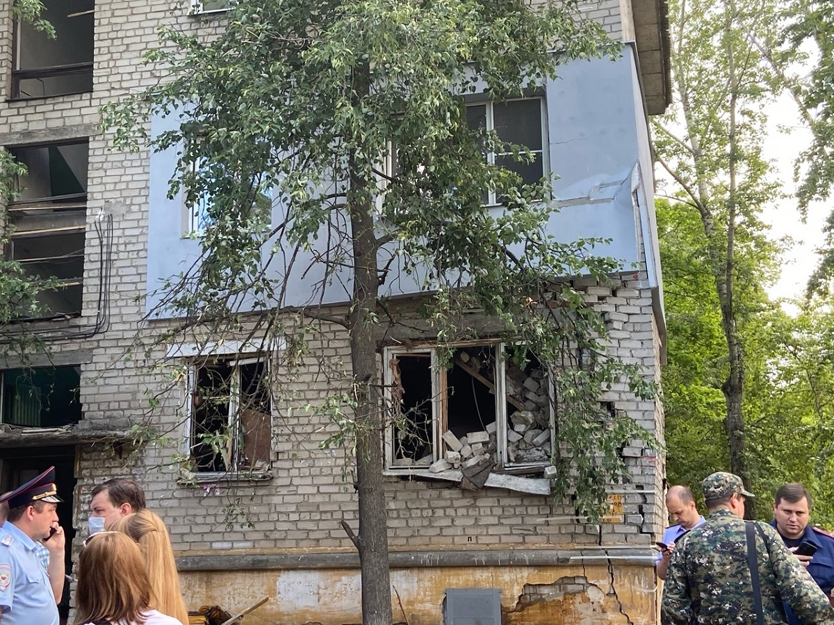 Расследование дела о хлопке газа на улице Светлоярской взяли на контроль в центральном аппарате СКР