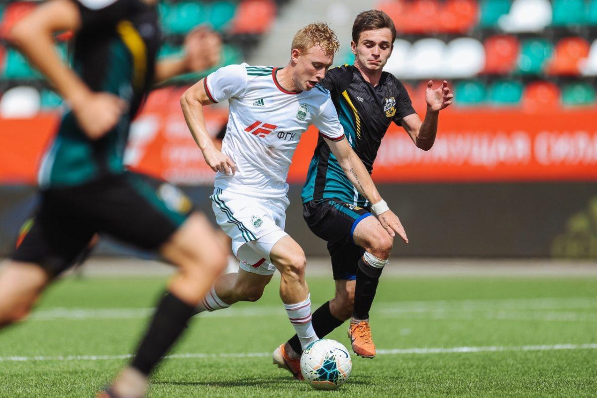 Футбольные клубы «Волна» и «Химик» стартовали в первенстве ФНЛ-2