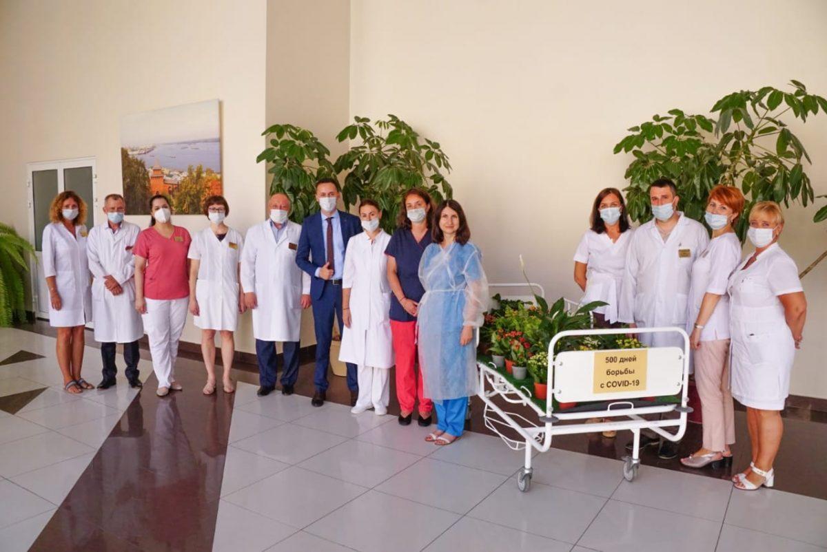 Инсталляция «Жизнь всегда побеждает» открылась вобластной больнице им.Семашко