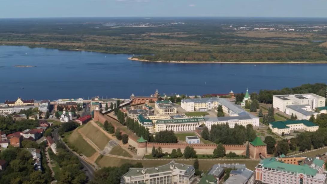 Новый фильм Леонида Парфенова «Карман России» о Нижнем Новгороде вышел в прокат