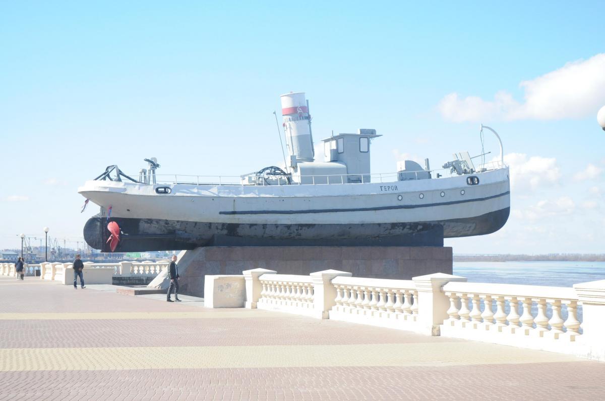 Парковка будет временно запрещена у памятника «Катер «Герой» в Нижнем Новгороде