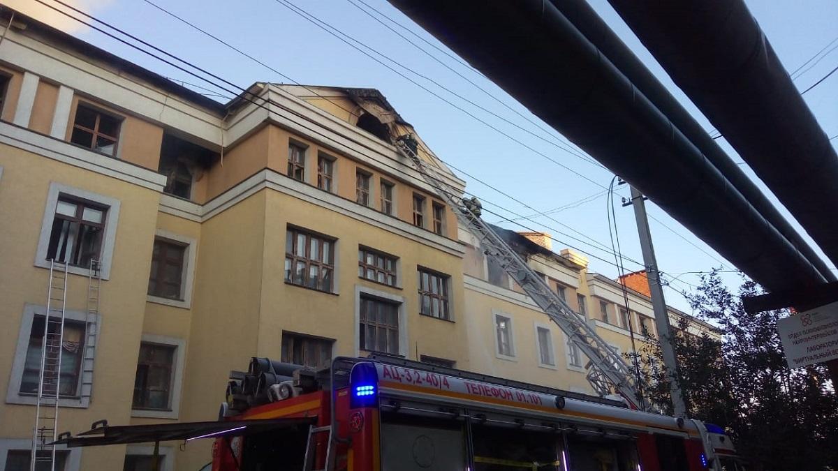 Общежитие Приволжского медицинского университета загорелось в Нижнем Новгороде