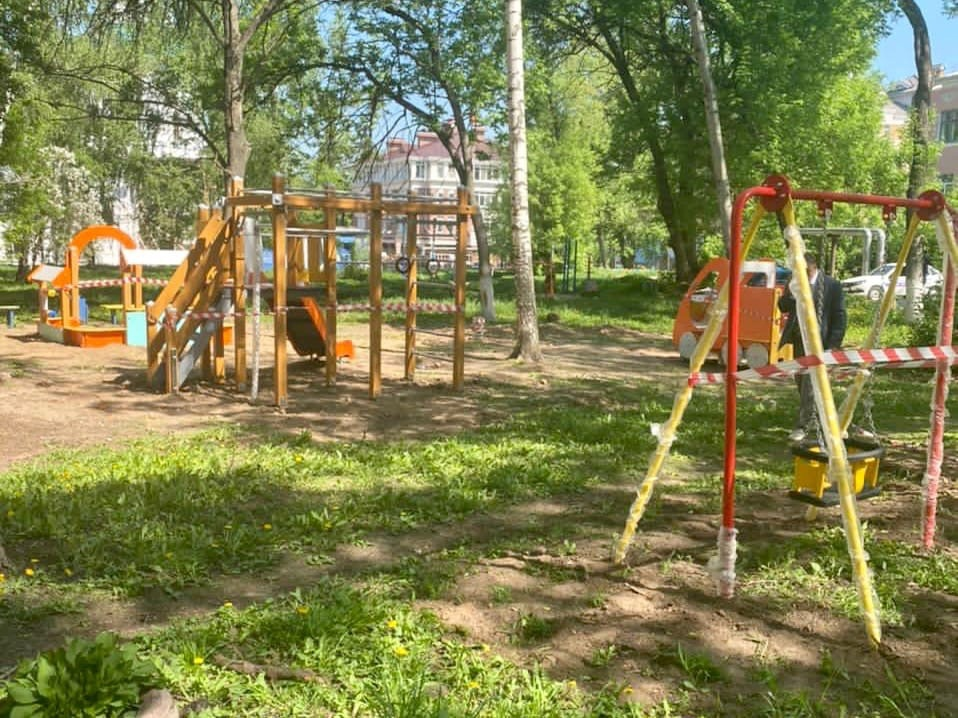 Новые детские площадки открылись в Нижегородском районе