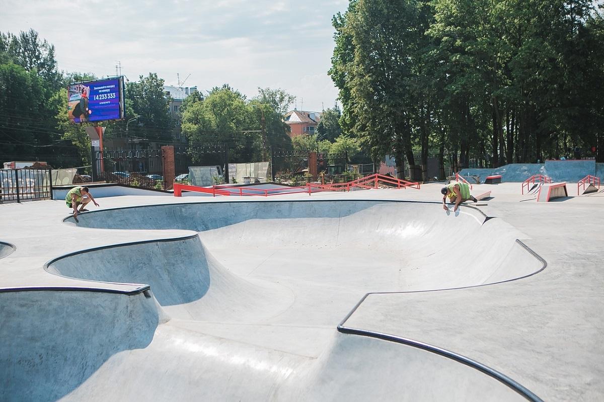 Скейт-парк, «Родительский патруль» и подселение белок: что произошло в парке «Швейцария» за последнюю неделю