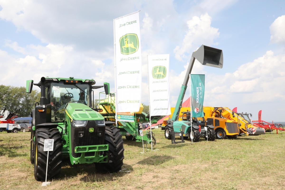 Более 200 предприятий АПК представили свою продукцию навыставке «День поля-2021» вНижегородской области